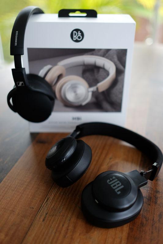 Over-Ear-Kopfhörer schirmen Außengeräusche bestmöglich ab.